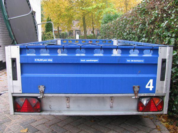 achterkant open aanhangwagen